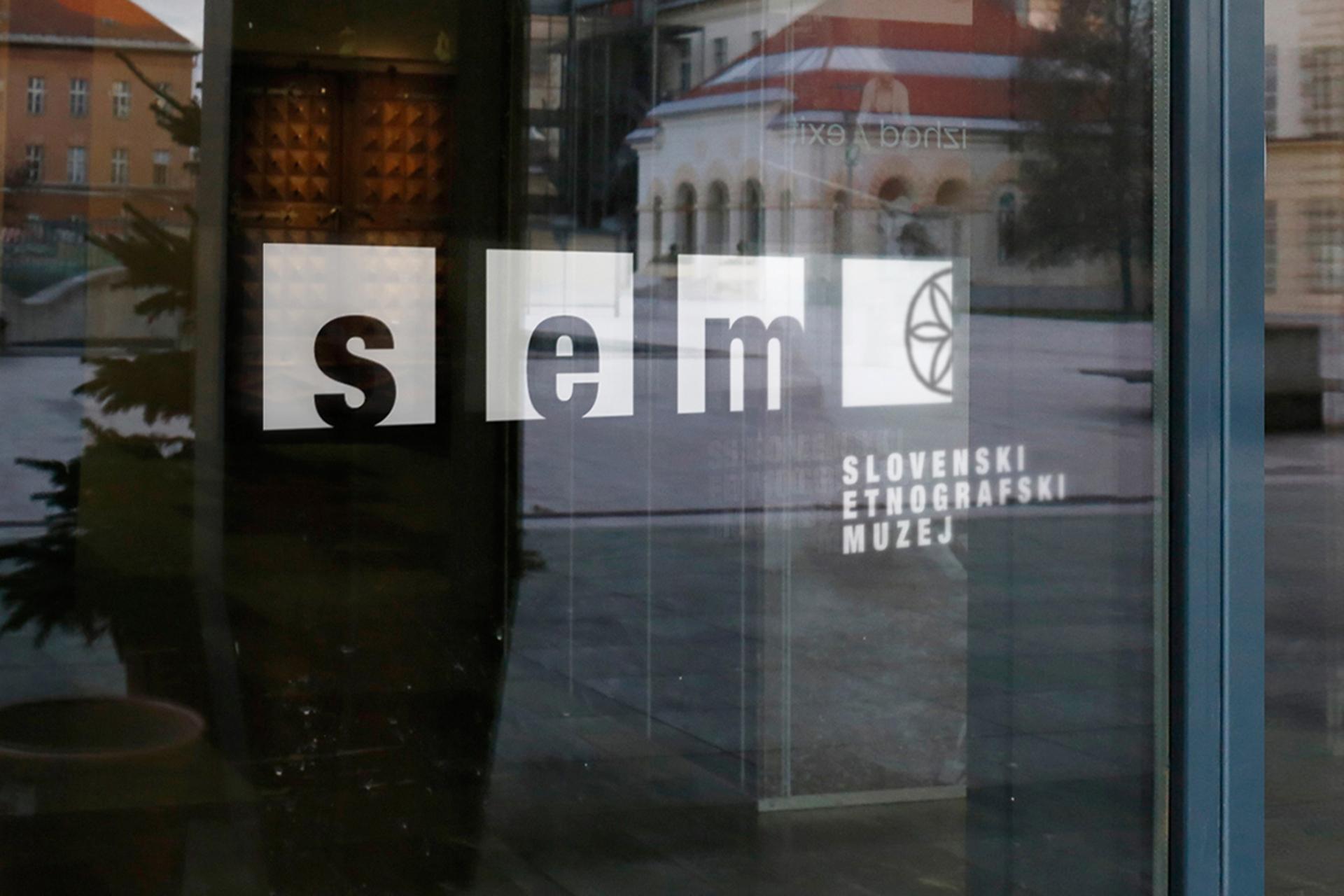 Door-Signage-Mock-Up_SEM2